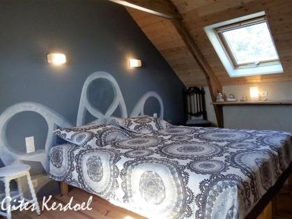 Chambre dentellle et granite