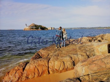 Carantec devant l'île Louet et le chateau du taureau