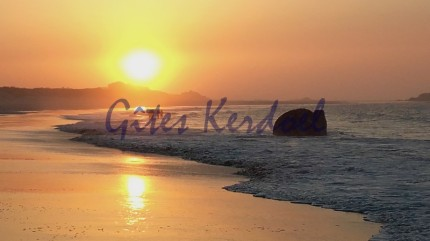 Longe côte sur la plage des Amiets