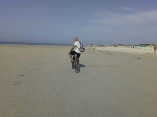 Vélo sur les plages des Amiets