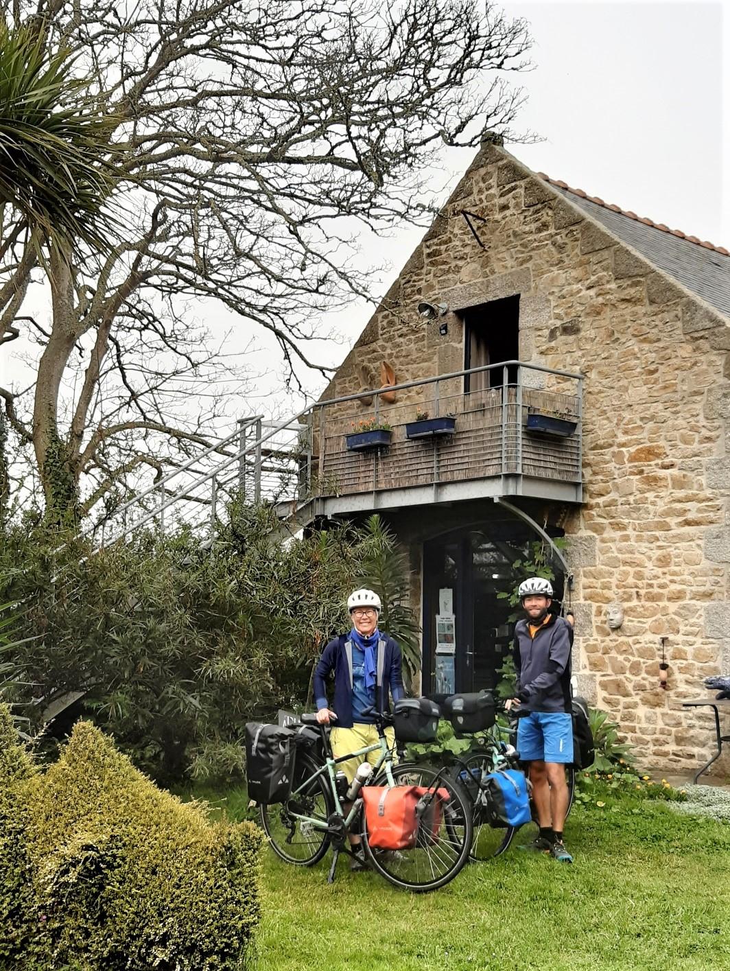 2 voyageurs en vélo